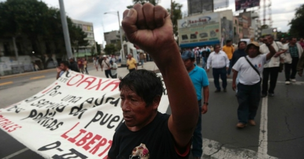 oaxaca-protests_mex_city